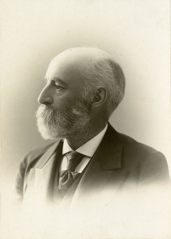 Photograph of Frank W. Draper by J. E. Purdy, circa 1900.