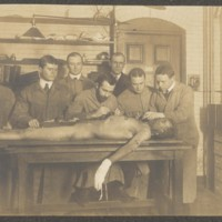 Harvard Medical School students at the dissecting table